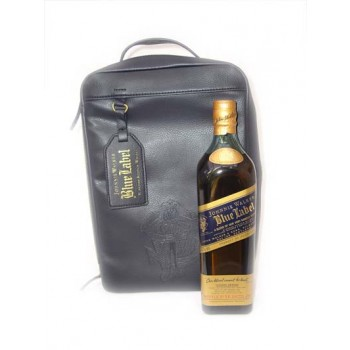 Johnnie Walker Blue 70cl and Amberg Golf Shoe bag